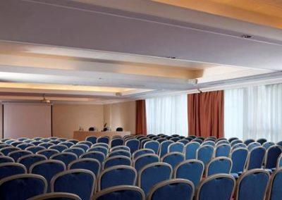 Meet the expert : evidenze cliniche nel trattamento del mieloma multiplo recidivato refrattario – Taranto 30 Novembre 2018